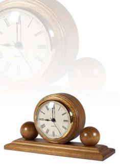 Asztali óra gömb díszítéssel, tölgy, MC110